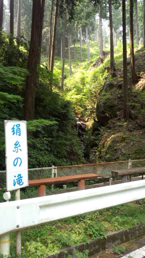 油山 絹糸の滝